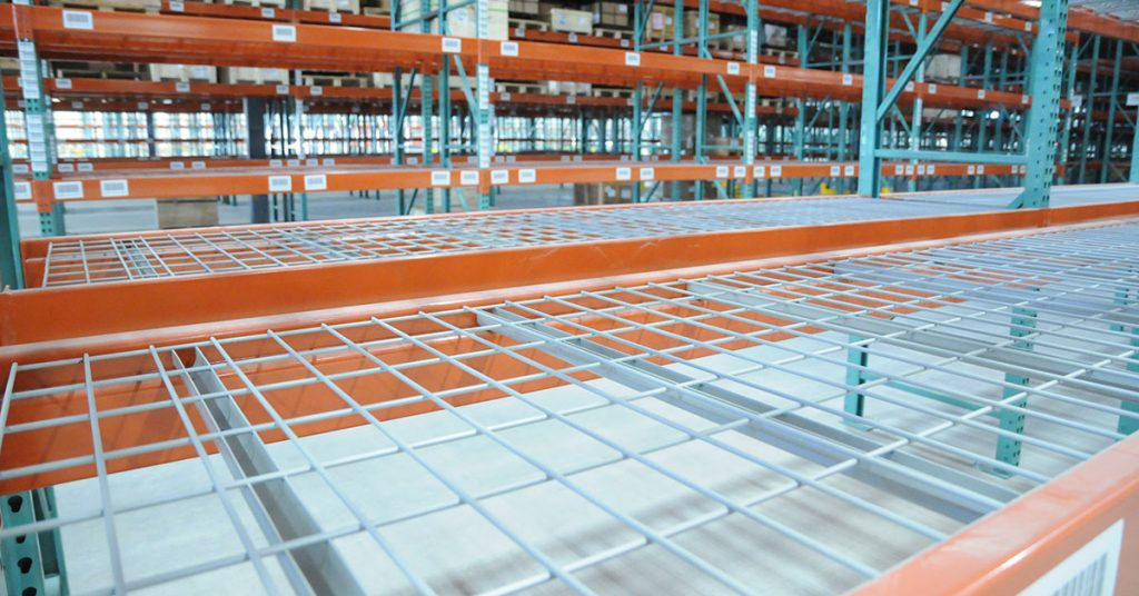 Wire Deck inside Pallet Racking
