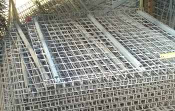 "54"" x 46"" Used Wire Deck- 3/4"" Step"