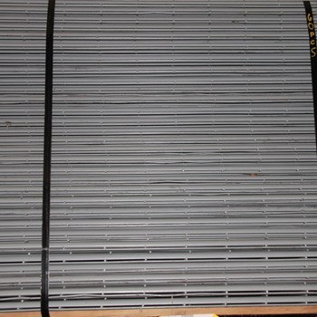 "47"" x 48"" Used Wire Deck - Drop In - 3/4"" Step"