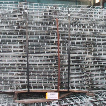"32"" x 76"" Used Wire Deck - Universal"