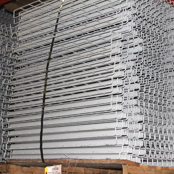 "42"" x 52"" Used Wire Deck - Drop In - Standard Full Step"